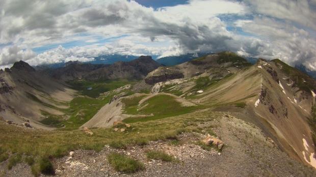 Km32 - Vue sur la crête de l'alpavin depuis le Pas De L'Ase